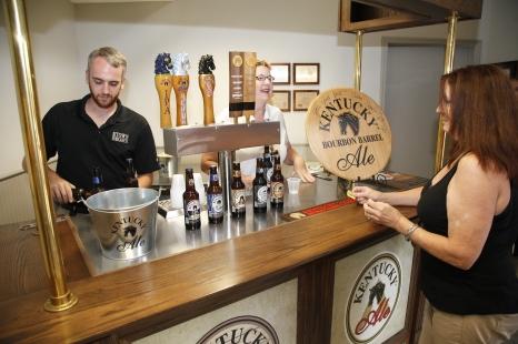 Brewery-Tasting-Room-06 (2)